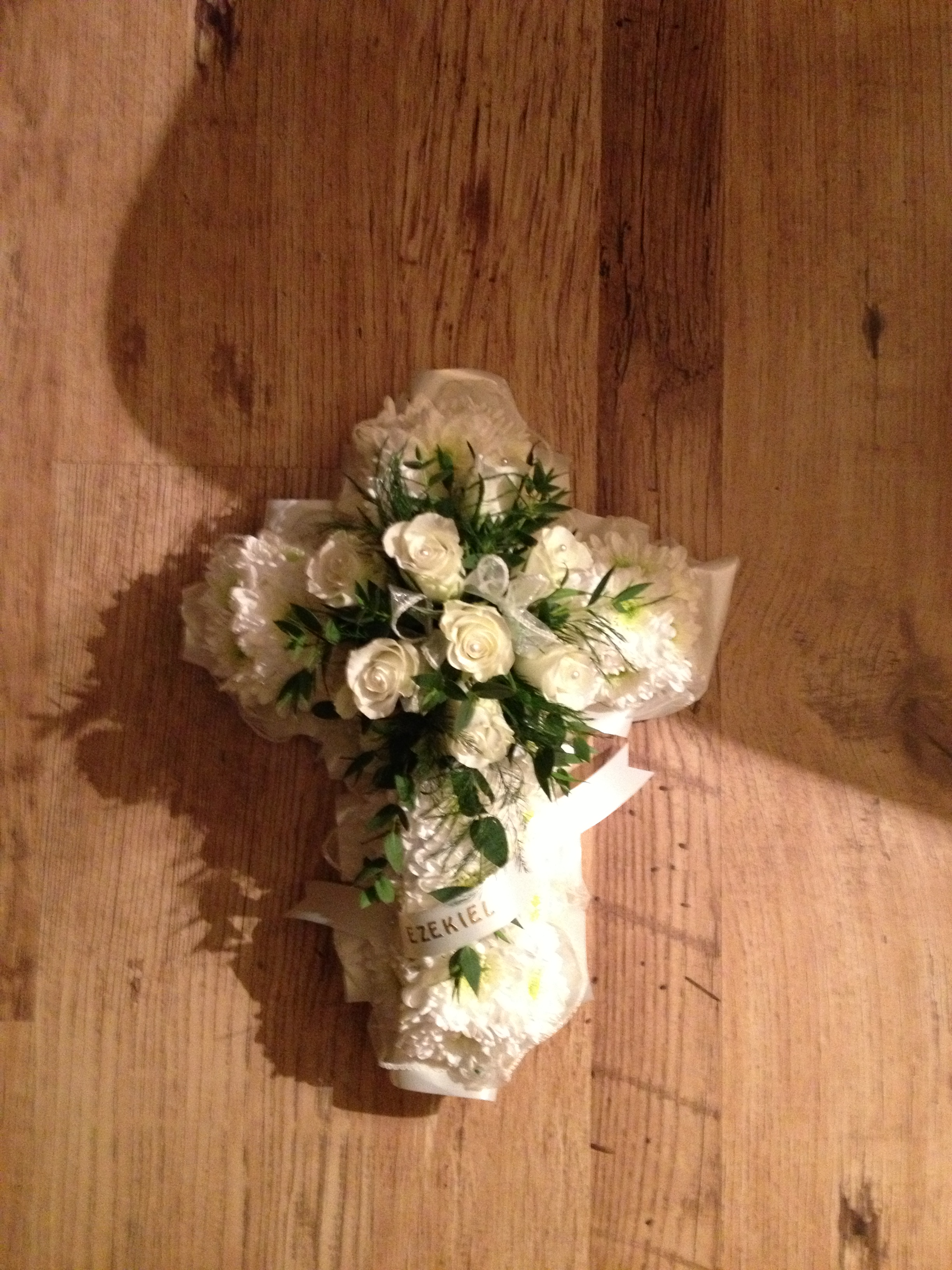 Blocked funeral tribute flowers gates of heaven in white from 10000 izmirmasajfo Choice Image
