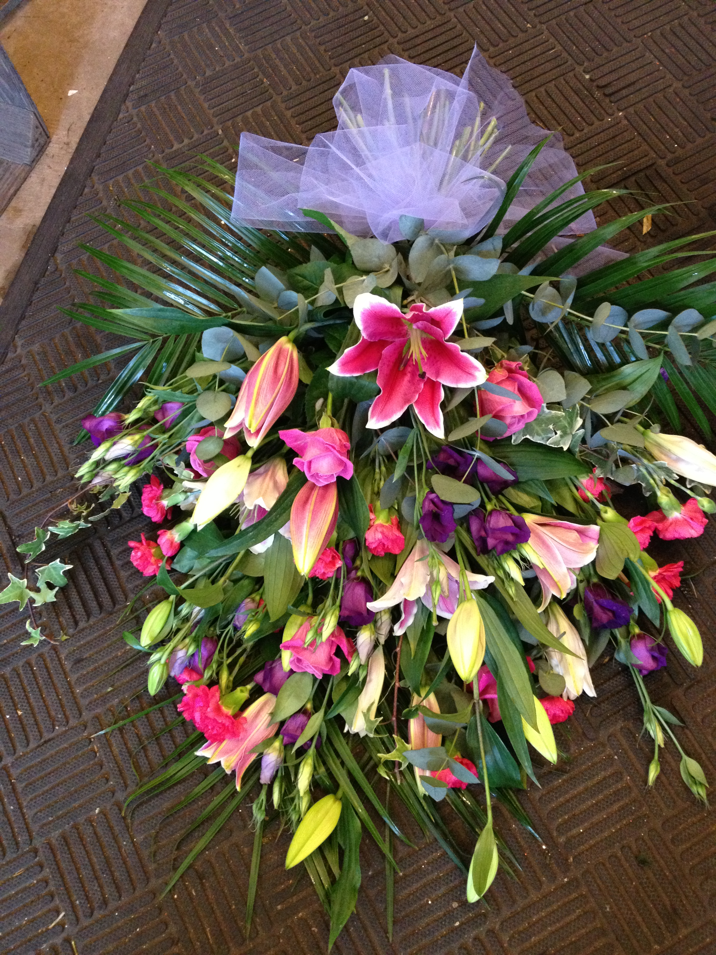 Gallery of funeral florist displays flower arrangements wreaths funeral flower arrangements izmirmasajfo